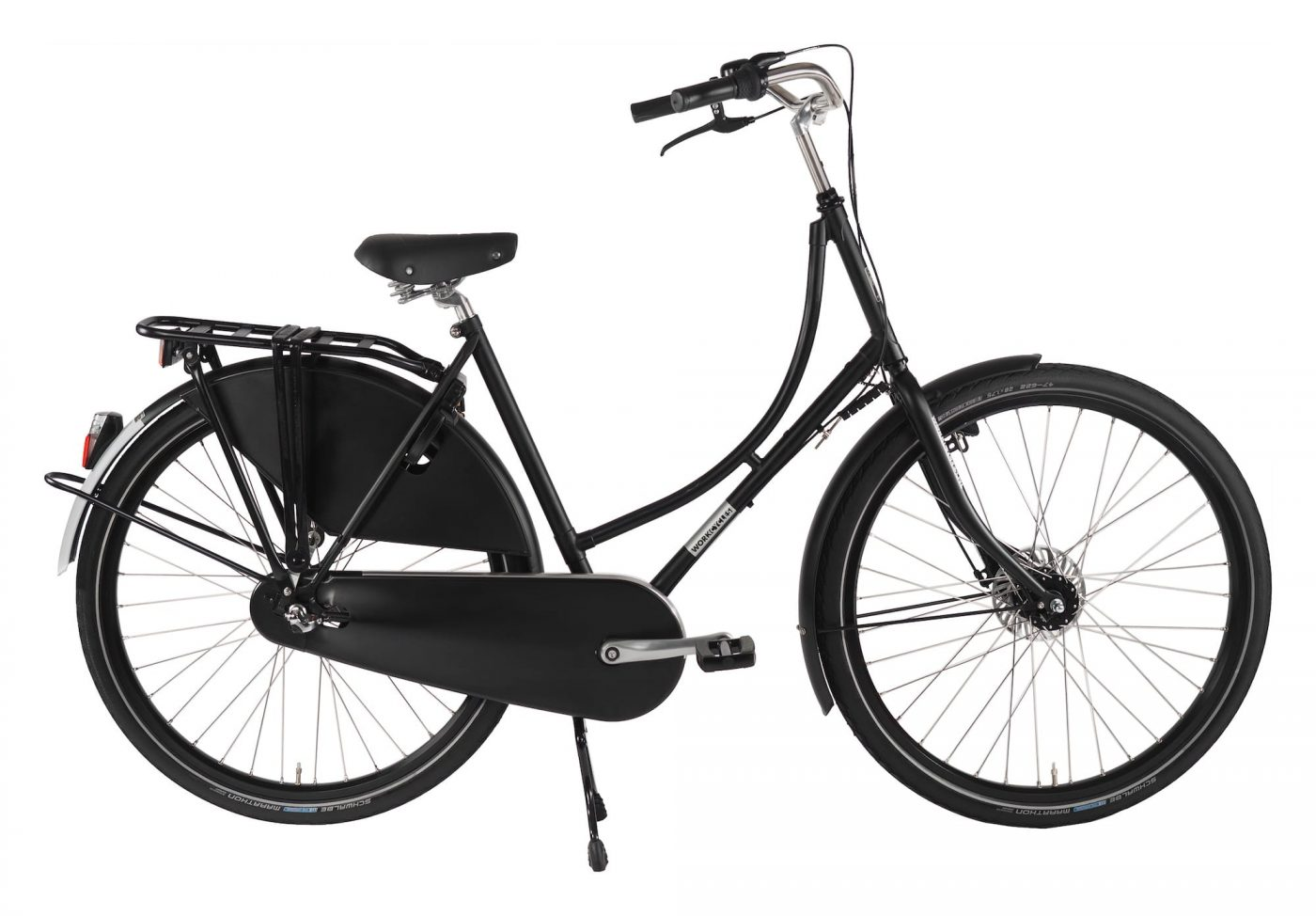 It's a smooth ride with pretty lines and a comfortable upright riding position. The Omafiets is a popular city bike amongst Dutch women (and men!) of all ages. This bike will never go out of style.