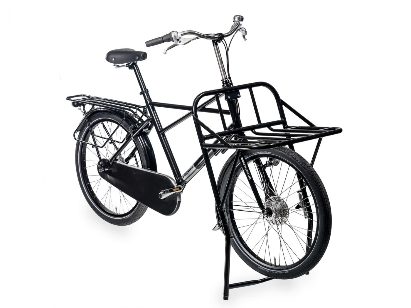 Plenty of cargo space with this full-on men's cross frame delivery machine. On the front our 'one and only' Massive Rack and on the back a long rear carrier. Carry anything and everything with this full-on delivery machine.