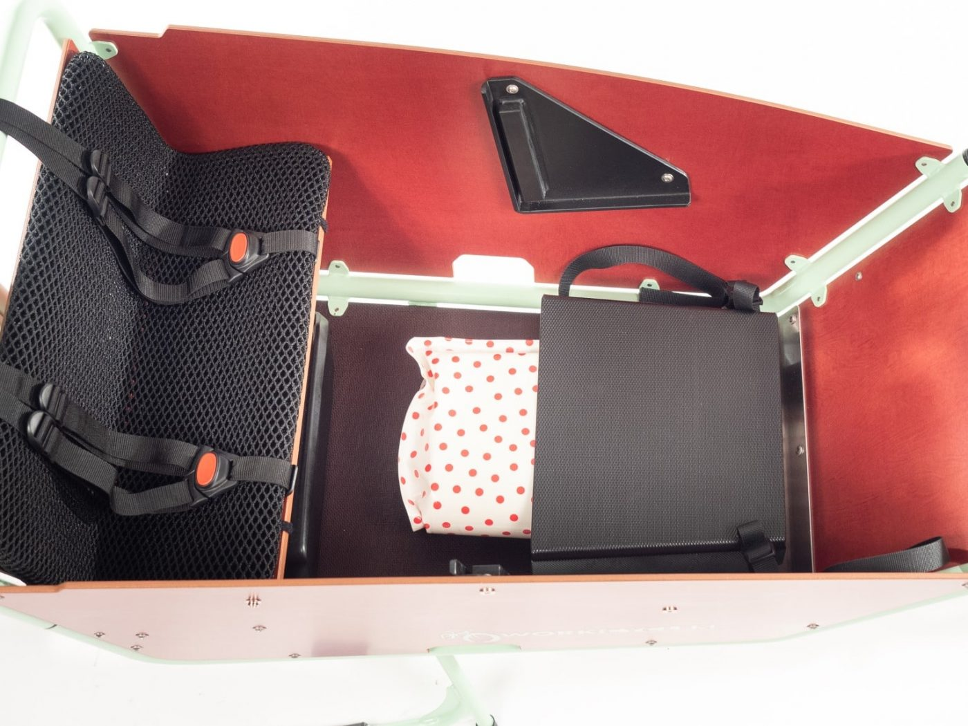 WorkCycles Kr8 bakfiets, child transport bike, Kr8L Maxi Cosi Holder, Large cargo box with kiddy bench