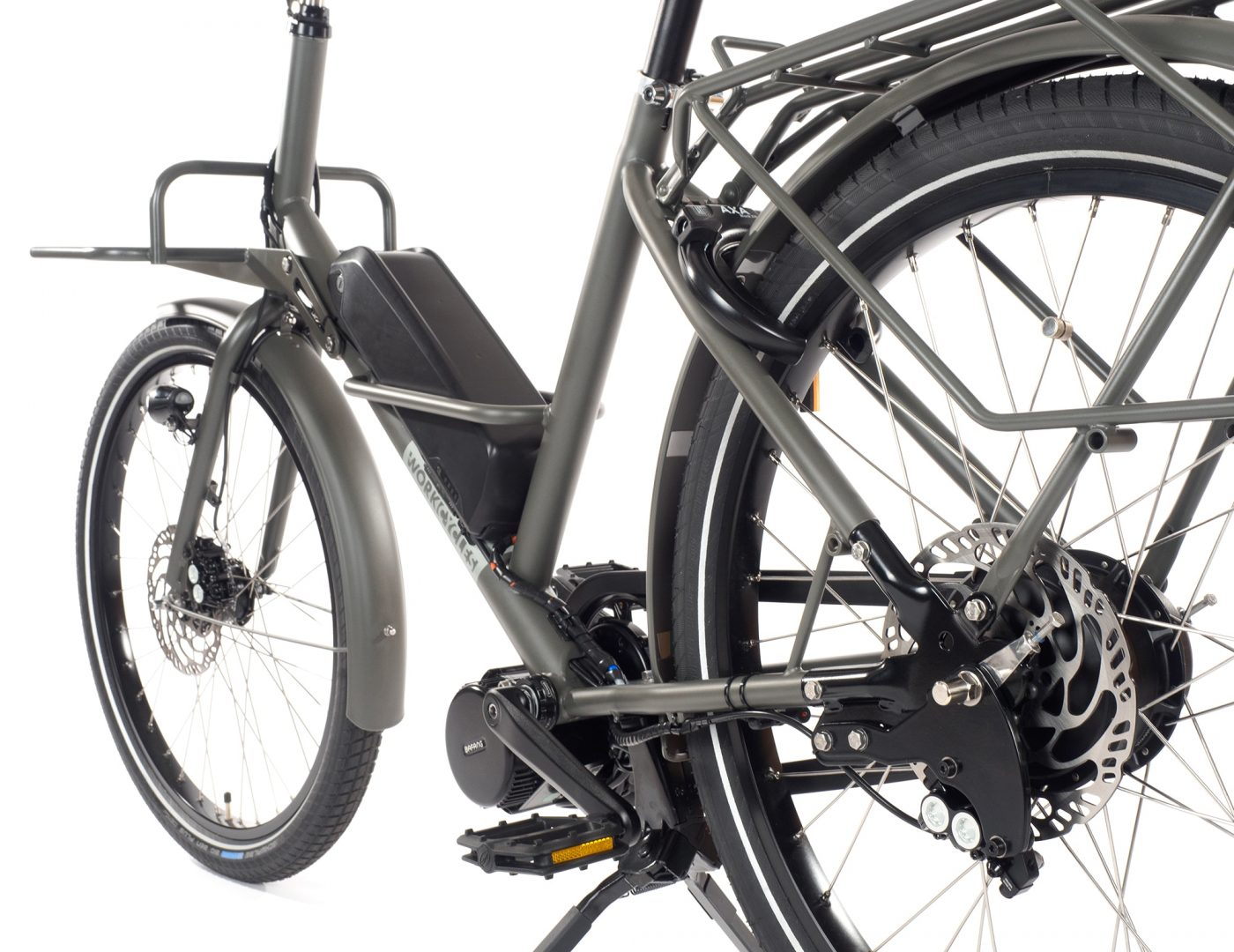 At WorkCycles every detail counts, whether it's cable routing, stainless hardware or our rear tire escape hatch