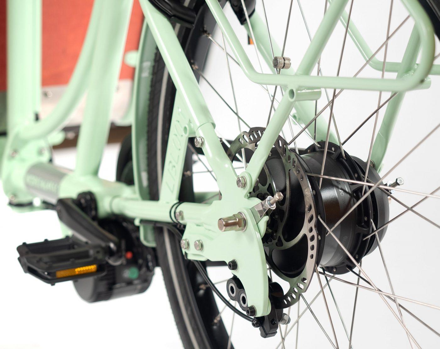 WorkCycles Kr8 MAD bakfiets, child transport bike, dutch e bikes, escape hetch, enviolo hub